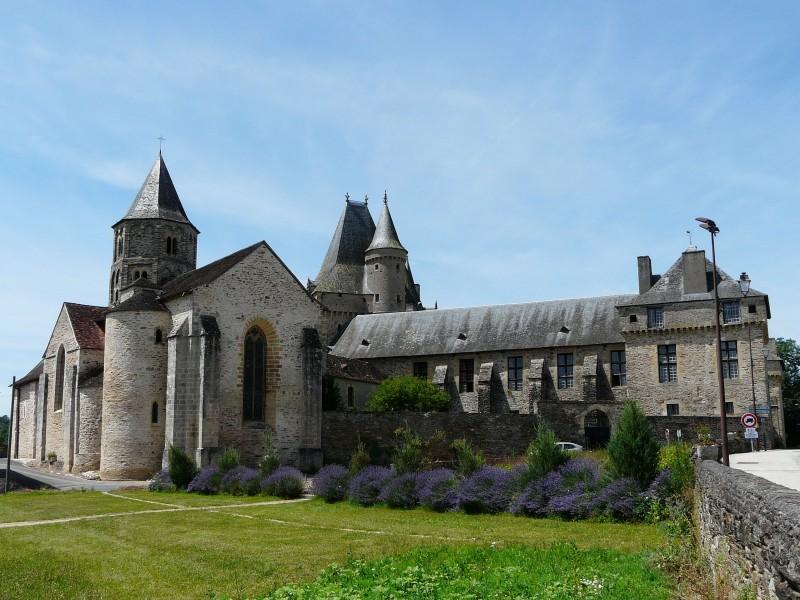 Château de Jumilhac bnb chambres dhotes hotels