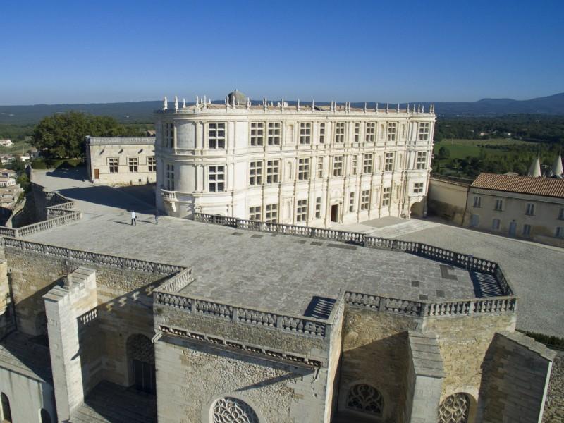 Château de Grignan bnb chambres dhotes hotels