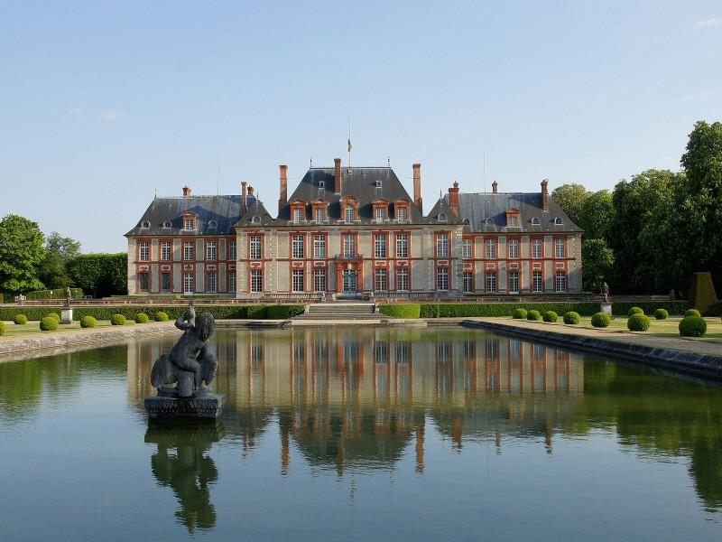 chateau de breteuil bnb chambres dhotes hotels