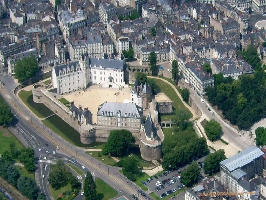 Château des ducs de Bretagne bnb chambres dhotes hotels