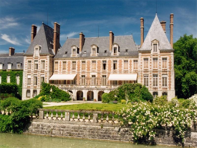 Chateau de courances bnb chambres dhotes hotels