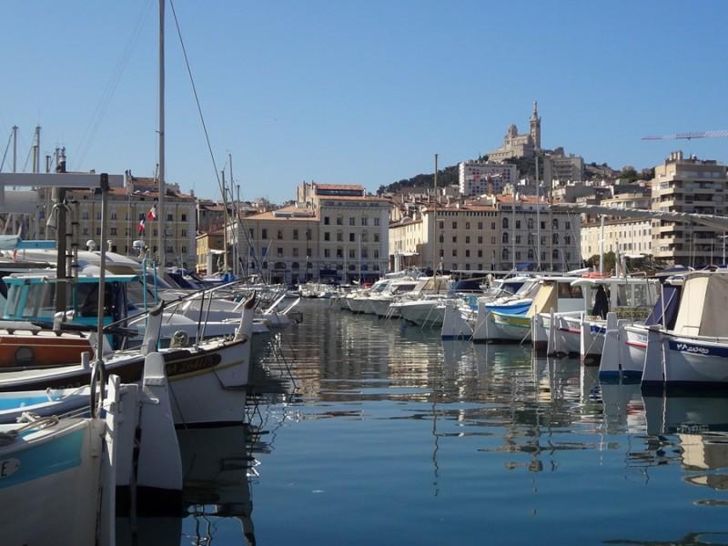 Vieux Port de Marseille bnb chambres dhotes hotels