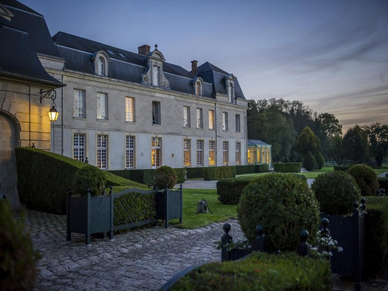 chateau de courcelles hotel chambres 8 nuit