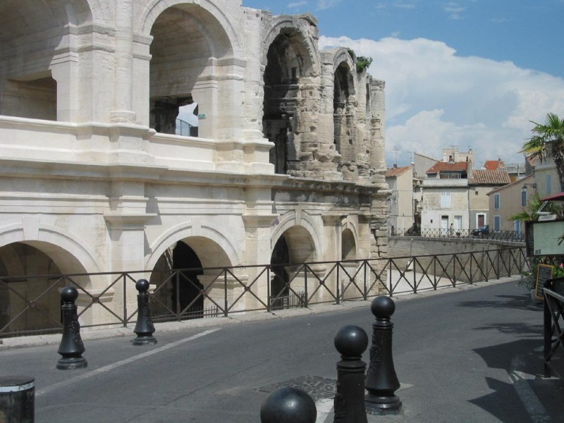 Arenes Arles bnb chambres dhotes hotels