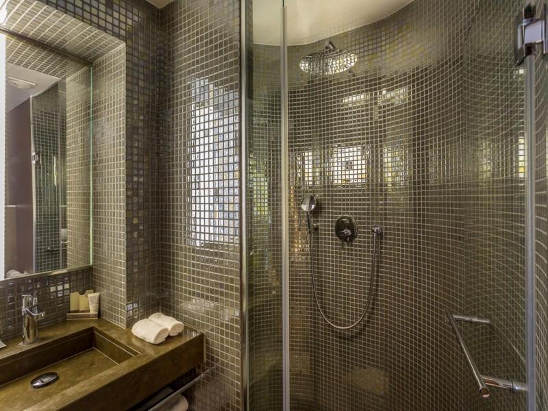hotel jules et jim hotel chambres 7 salle de bain