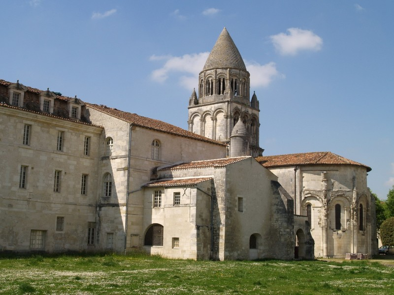 Abbaye aux Dames bnb chambres dhotes hotels