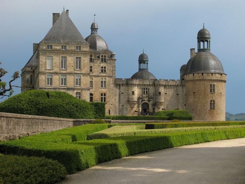 Château de Hautefort bnb chambres dhotes hotels