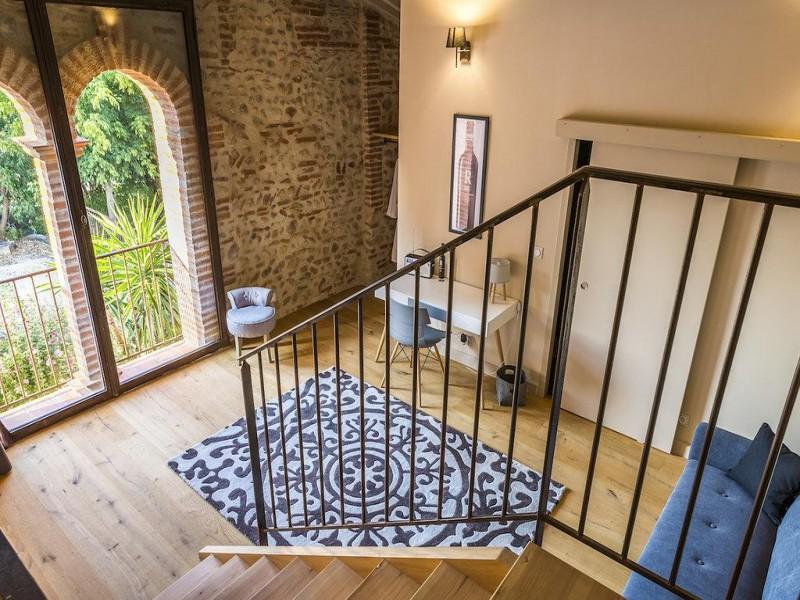 Mas Latour Lavail bnb chambres dhotes 4 escalier