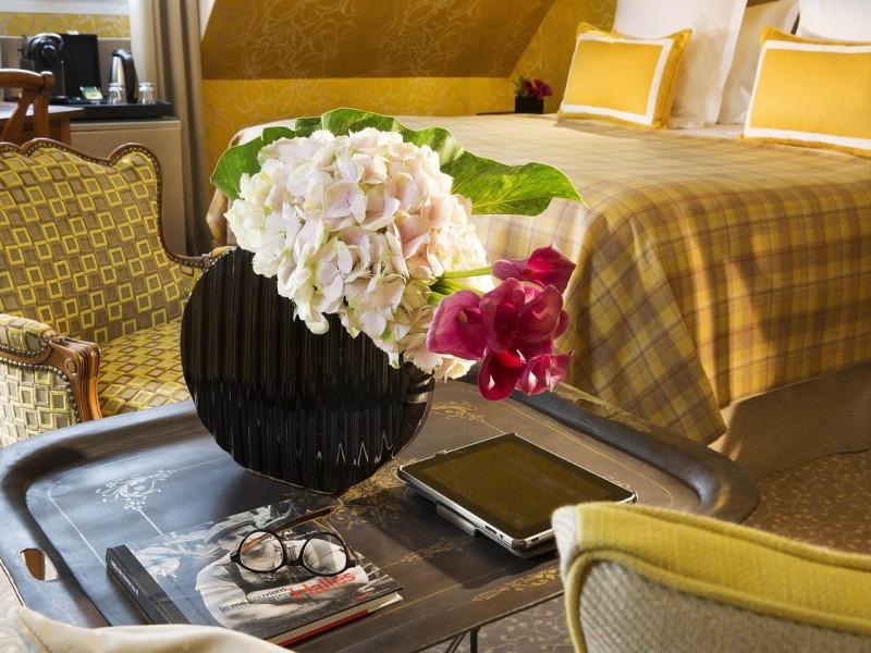 le relais des halles hotel chambres 7 petit salon