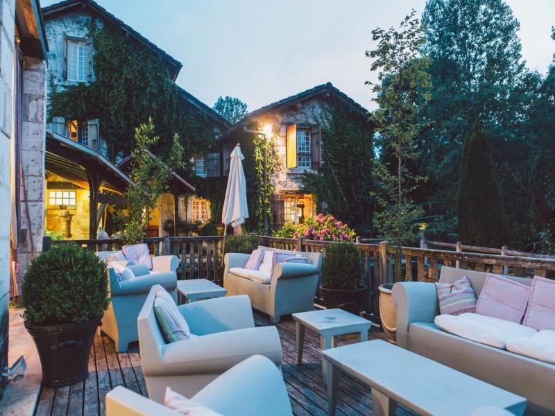 Le Moulin du Roc hotel chambres 2 terrasse