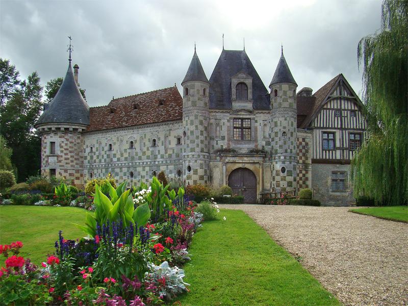 Château de Saint Germain de Livet bnb chambres dhotes hotels