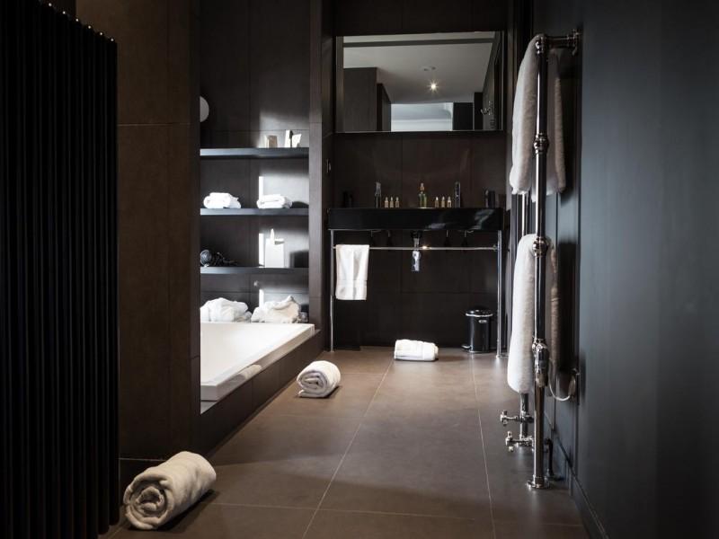 villa paula bnb chambres dhotes 8 salle de bain noire
