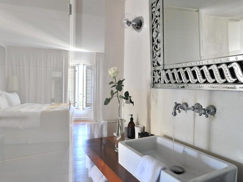 la maison daix hotel chambres 8 salle de bain