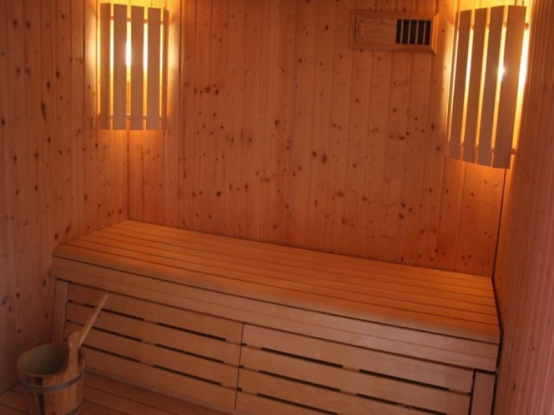 un banc au soleil bnb chambres dhotes 8 hammam1