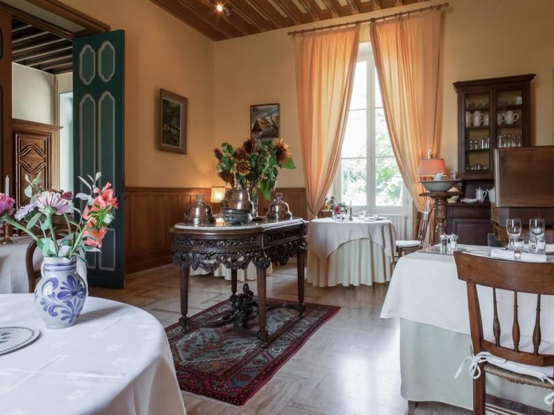 chateau des salles bnb chambres dhotes 8 petit dejeuner