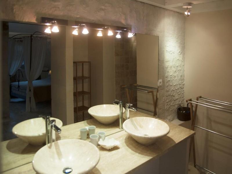 le clos des pierres blanches bnb chambres dhotes 8 salle de bain