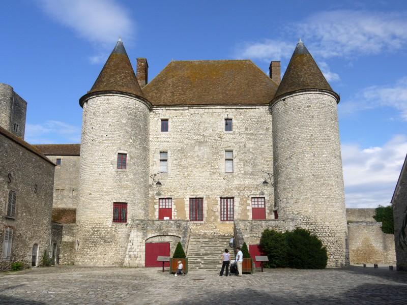 Chateau de nemours bnb chambres dhotes hotels