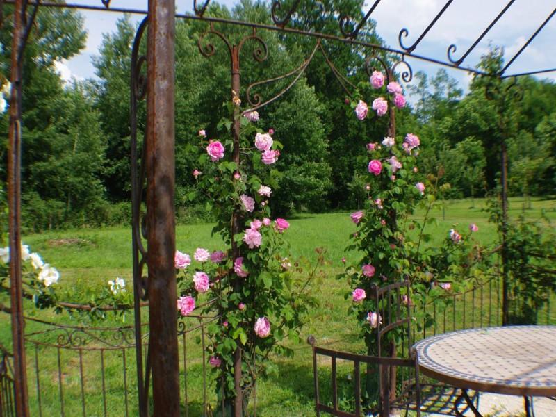 chateau de pomeuse bnb chambres dhotes 2 jardin