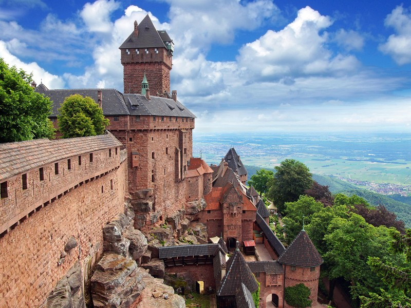 chateau du Haut Koenigsbourg bnb chambres dhotes hotels